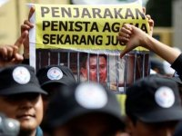 Does Ahok's Blasphemeous Remarks Make Him Loose at Second Round Jakarta's Governor Elections?