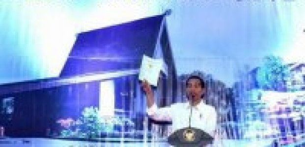 Presiden Jokowi : Kebijakan Penyerahan Sertifikat Hak Atas Tanah Kepada Masyarakat Bukan Mengada-Ada
