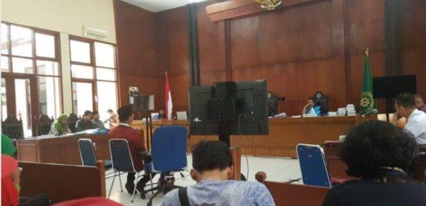 Membungkam Jubir HTI, Hizbut Tahrir di Pengadilan