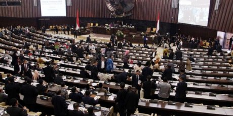 Transformation of Pancasila Values and the 1945 Constitution in order to Achieve Best Quality of Parliament