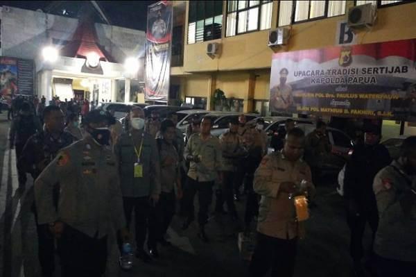 TAK LULUS SELEKSI SEKOLAH INSPEKTUR, PULUHAN POLISI LAKUKAN PROTES DI POLDA PAPUA