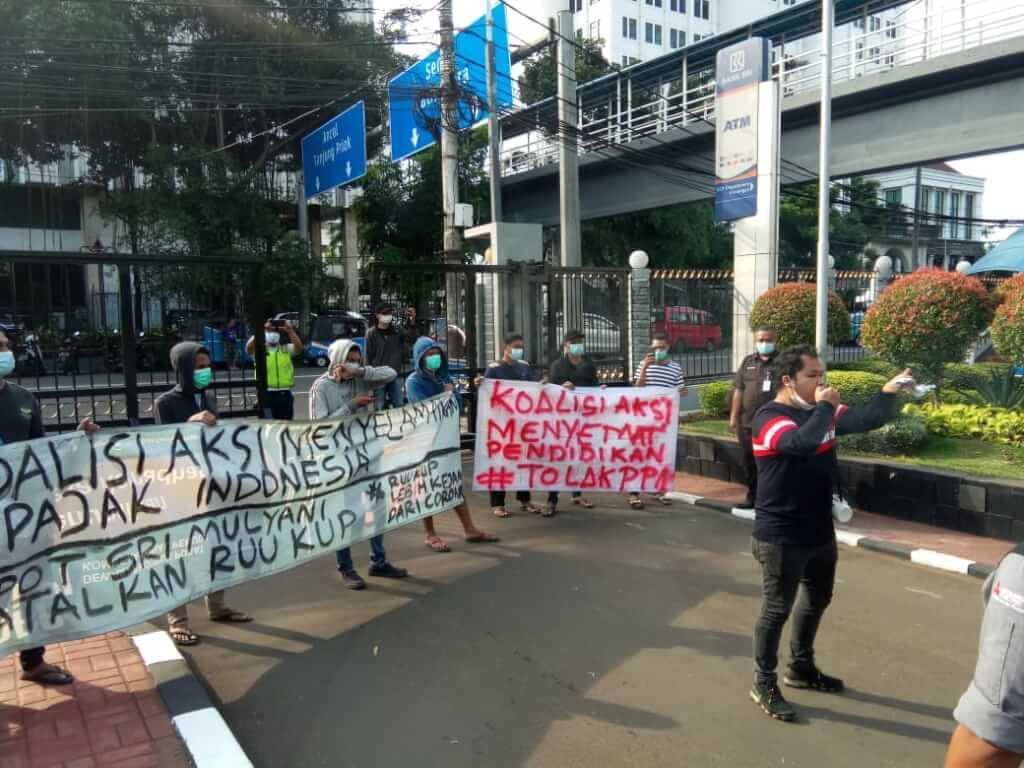 KOALISI AKSI MENYELAMATKAN PAJAK INDONESIA BERSAMA JOKOWI CONNECTION BERSATU MENOLAK PPN